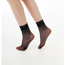 Lace Trim Fishnet Ankle Socks (Black)